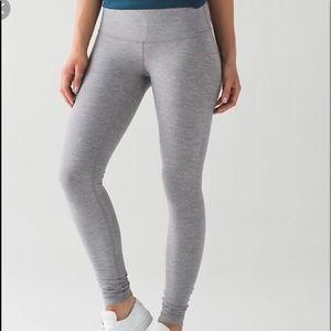 lululemon light gray wunder under leggings